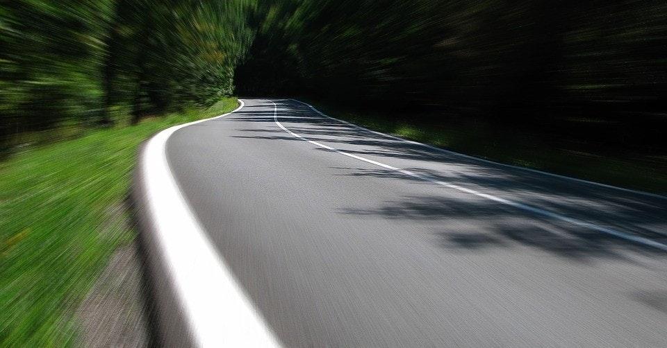 Car, Driving, Beloit College, Vehicle, Transport, Road traffic safety, Mindset List, Car rental, Job, Road, ecus in a modern car als ebook von zhou xiuqin, road, asphalt, car, lane, infrastructure, path, highway, road surface, line, sky