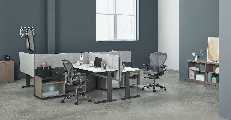 照片中包含了辦公室、辦公椅、椅子、辦公室、赫爾曼·米勒