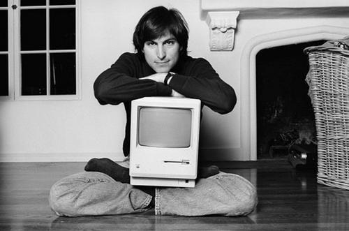 是回憶經典:老賈首次公開示範 Macintosh 電腦影片流出...這篇文章的首圖
