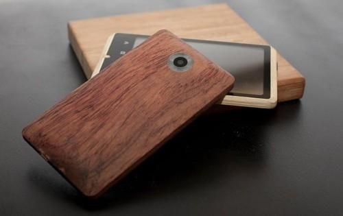 是[科技新報] Moto X Phone 可自選外殼材質這篇文章的首圖