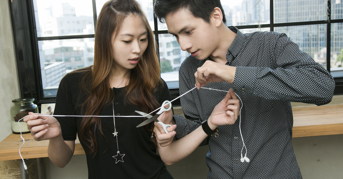 是魔科技:耳機線剪斷還原!?這篇文章的首圖