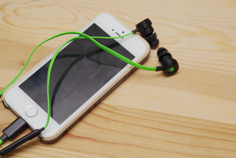 是數位介面更清晰, Razer HAMMERHEAD for iOS 耳機動手玩這篇文章的首圖
