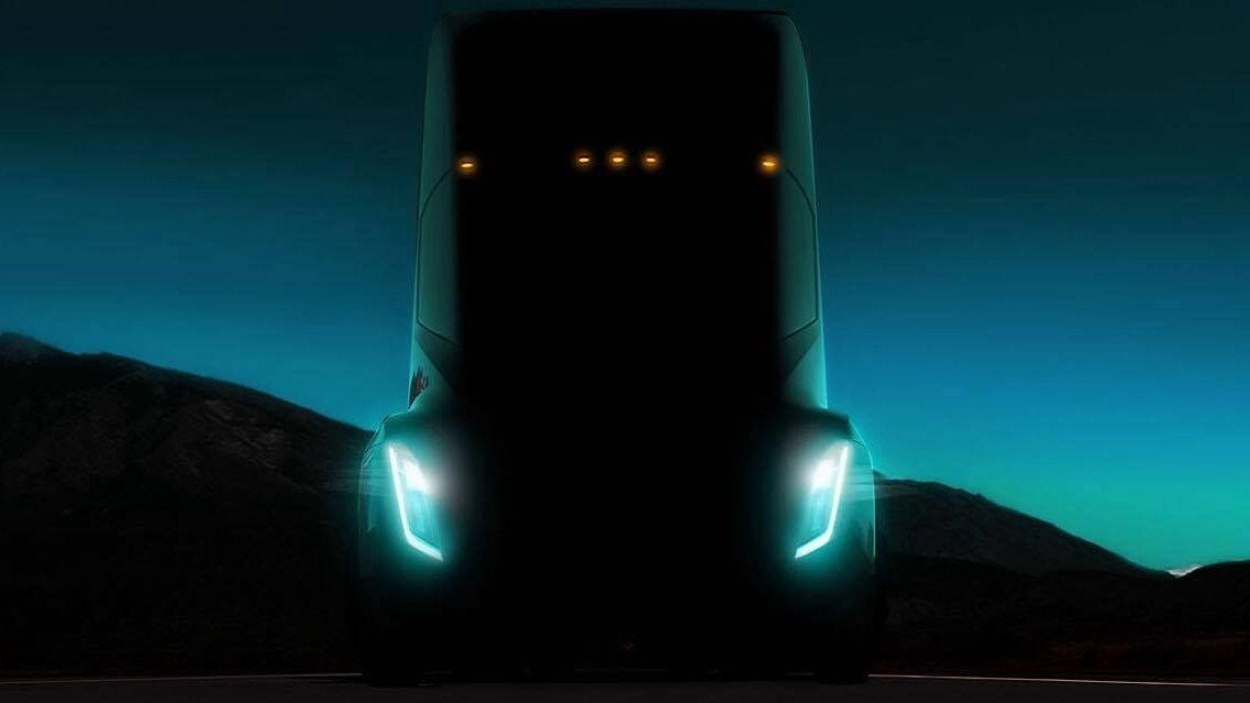 是俥科技:Tesla下一步是電動卡車頭 續航力可達482公里這篇文章的首圖