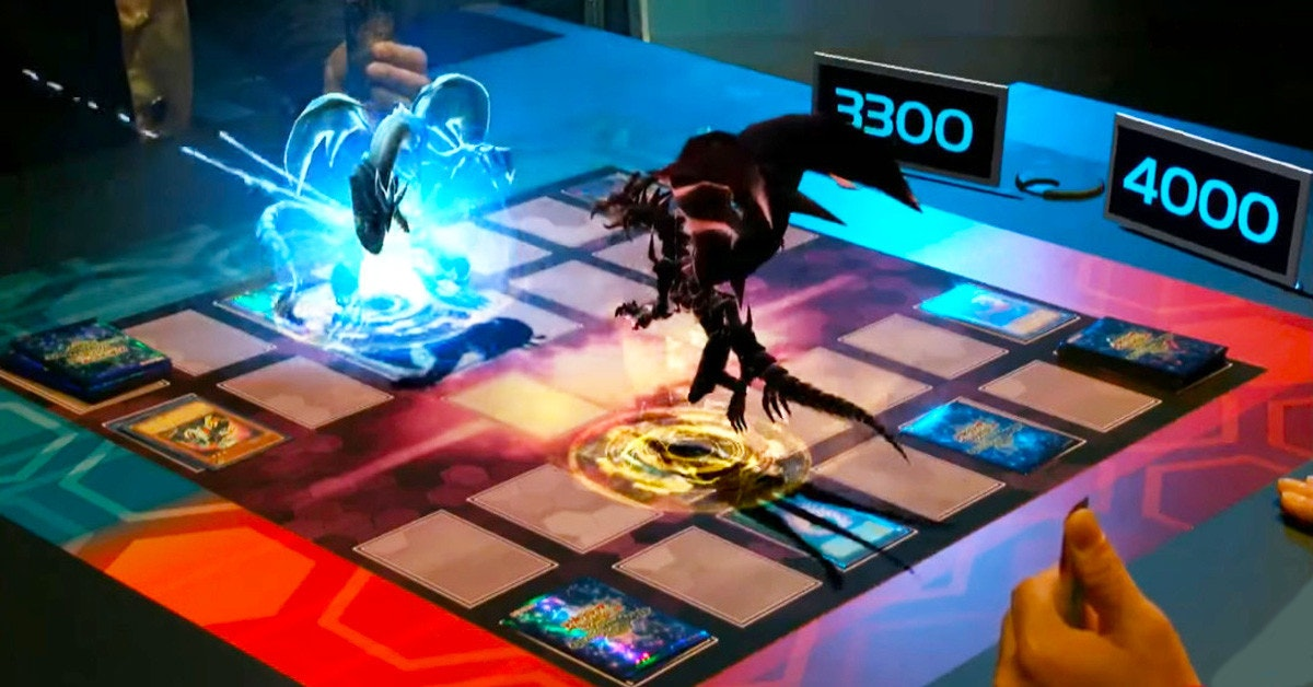 是活生生的青眼白龍!AR擴增實境完整實現真人版遊戲王卡牌決鬥這篇文章的首圖