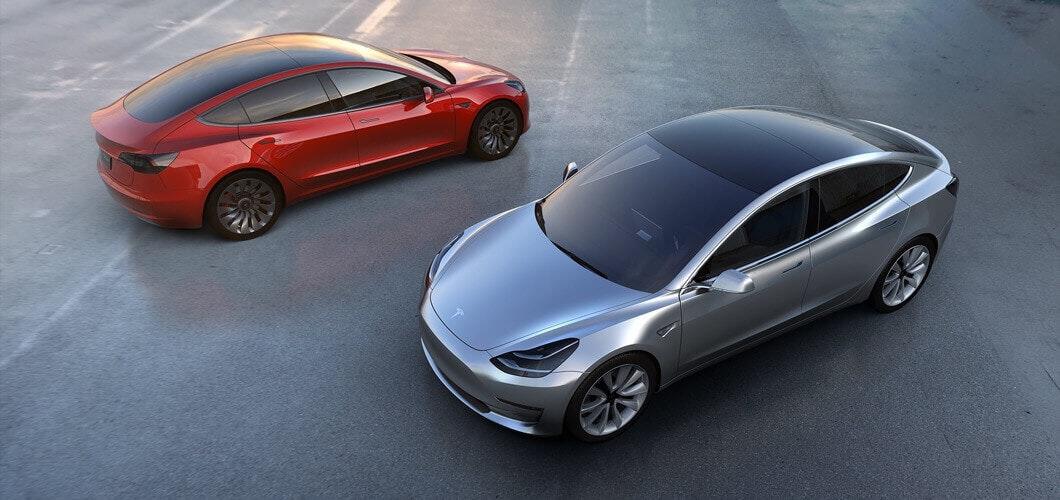 是Tesla 美國銷售達 20 萬輛的同時,明年在美國買 Tesla 的獎勵金將逐步減少這篇文章的首圖