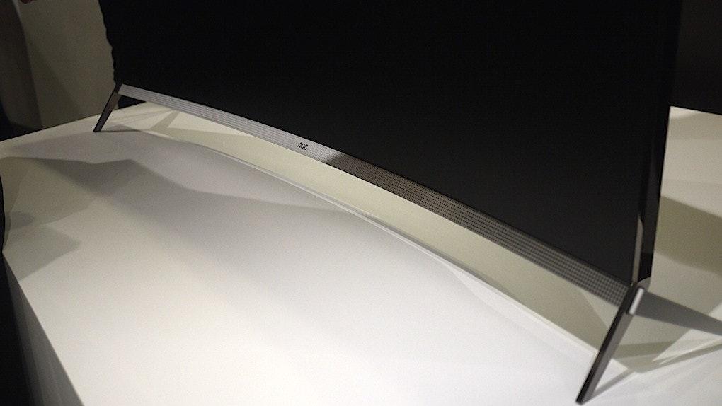 是Computex 2015 :AOC 推出帶有曲面聲吧的曲面電視這篇文章的首圖