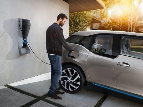 是俥科技:滿足新世代的全新動力,PHEV 插電式混合動力汽車這篇文章的首圖