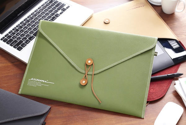 是【好東C不寂寞】台灣製 Evouni E 系列信封式保護套這篇文章的首圖