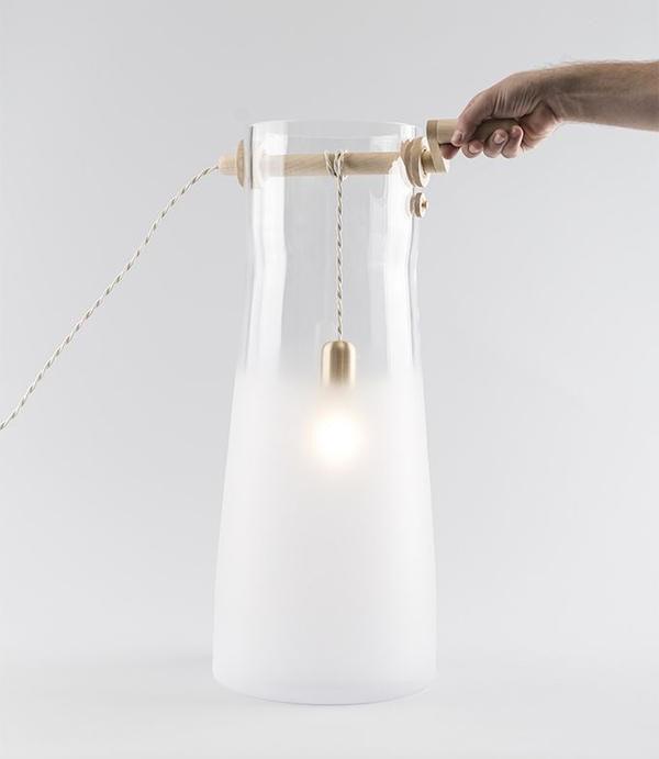 是捲著捲著就變亮~融合水井概念的燈具設計「Well」這篇文章的首圖