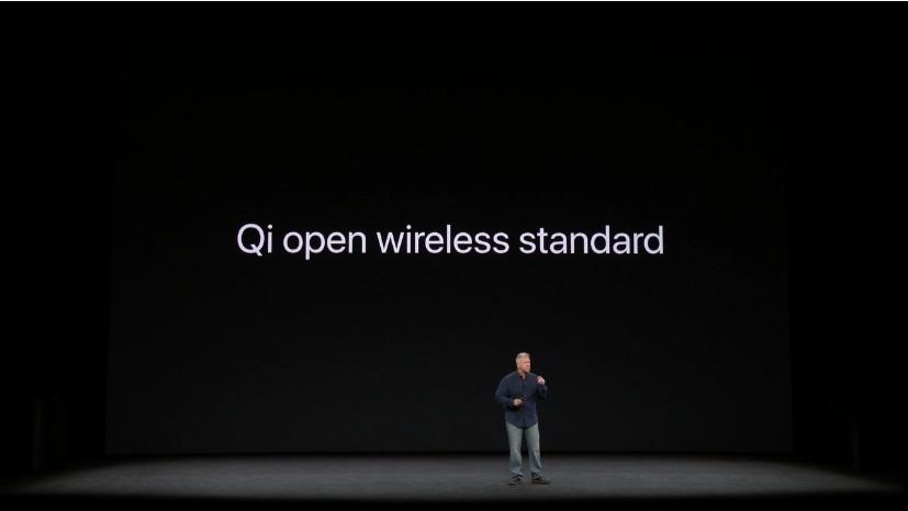 是看看 iPhone 8 與 iPhone X , WPC 的 Qi 終於正式從無線充電標準戰爭勝出這篇文章的首圖
