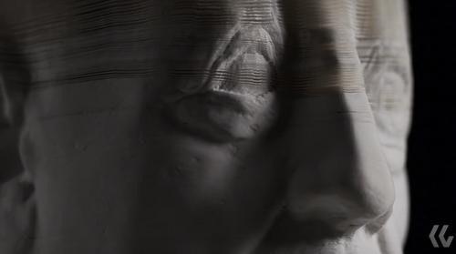 是會「變臉」的紙雕,還真讓人感到有點毛毛的…這篇文章的首圖