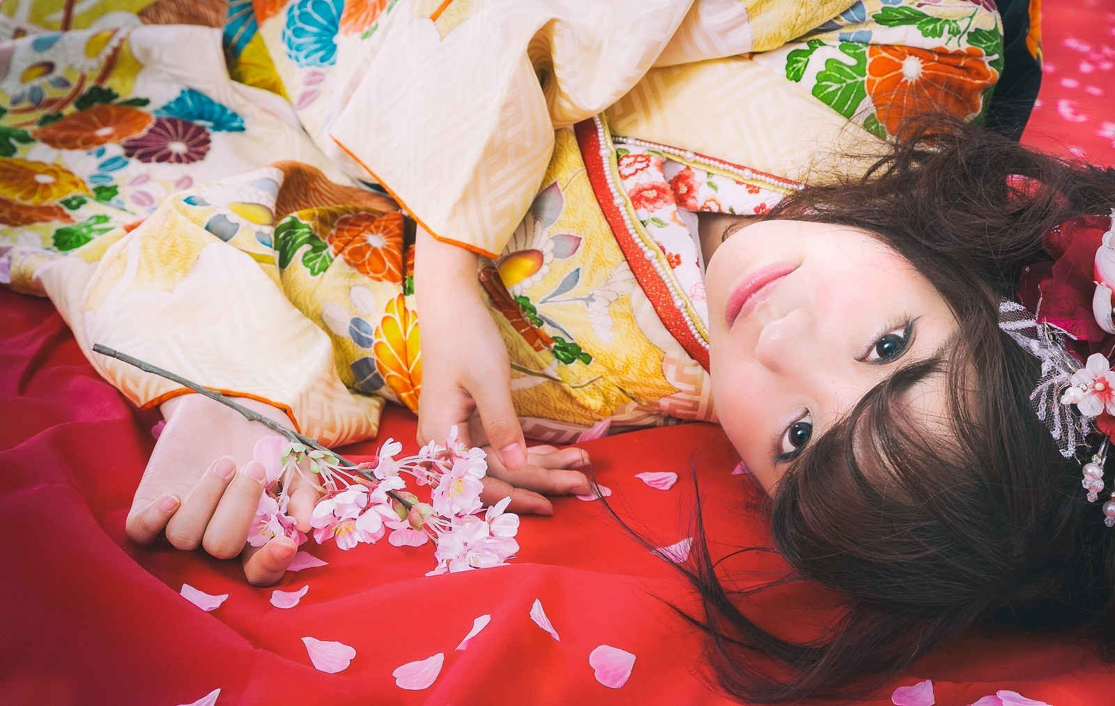 是[面白日本] 浴衣跟和服到底哪裡不一樣?三大重點教你一眼分辨!這篇文章的首圖