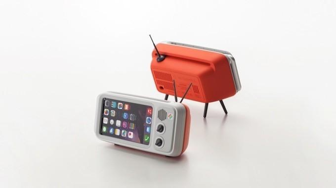 是讓iPhone變成復古小電視的底座這篇文章的首圖