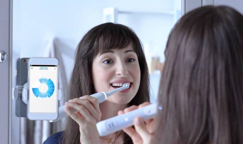 是虛擬牙醫在身邊!Oral B智慧電動牙刷輕鬆顧好口腔健康這篇文章的首圖