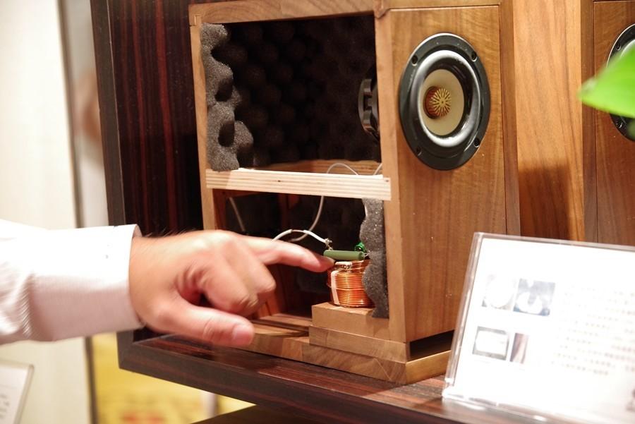 是TAA 音響展:德川音箱展示改版相思音箱,採用 5N 純銀線與新設計陷波線路這篇文章的首圖