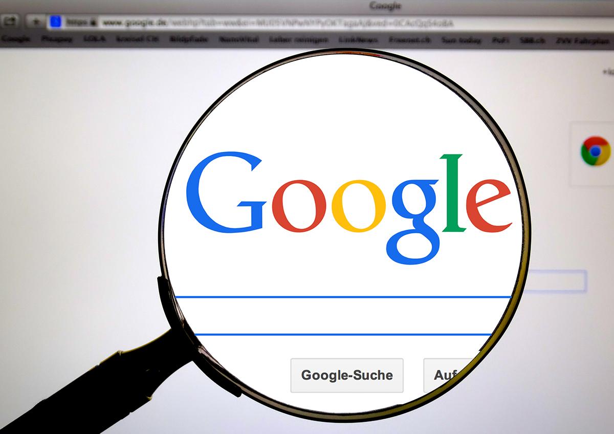 是2017 年熱搜關鍵字排行:把 Google 搜尋當醫生用這篇文章的首圖