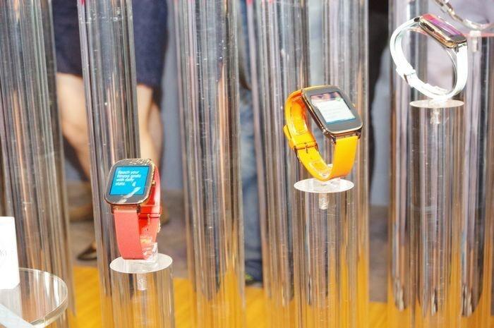 是computex 2015 : 華碩發表 ZenWatch 2 ,提供 49mm 與 45mm 雙尺寸與數位錶冠設計這篇文章的首圖