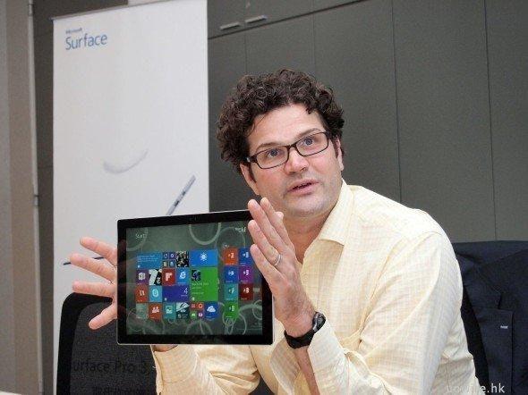 是MacBook 是 Surface Pro 3 最大對手!專訪微軟 Surface 掌舵人 Brian Hall這篇文章的首圖