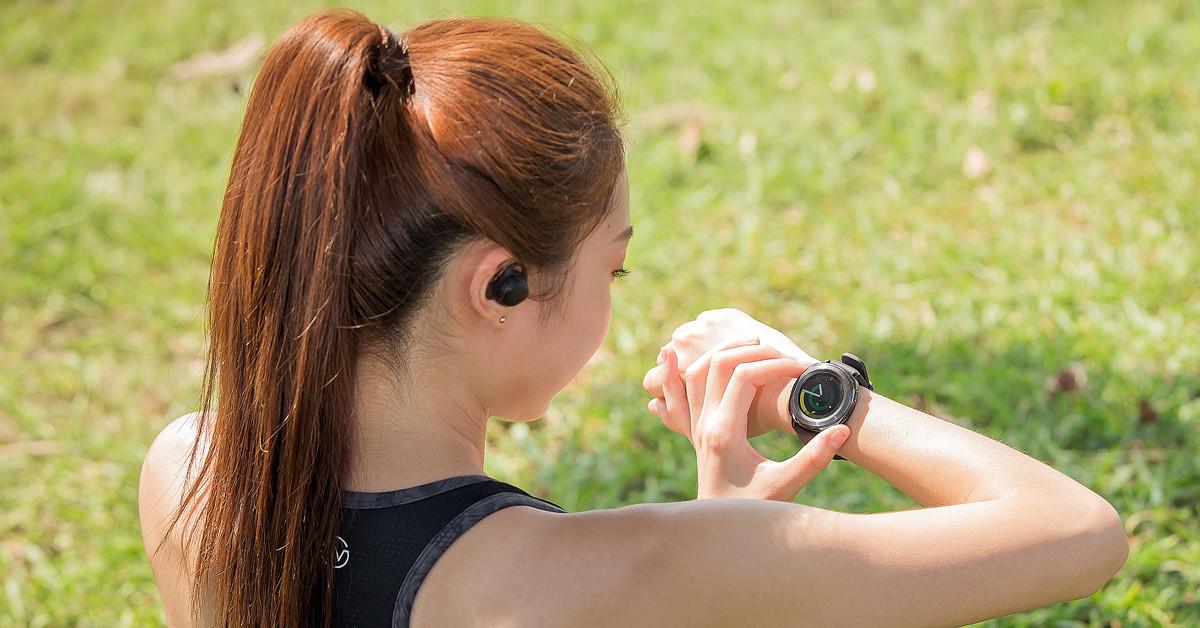 是動科技: Gear 三鐵訓練包,手錶、手環、耳機一包搞定這篇文章的首圖