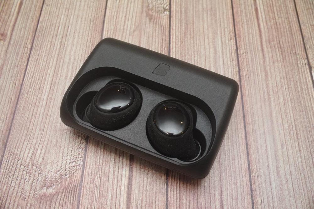 是真無線耳機熱潮來了之專題介紹(2):採用光學式觸控、可游泳的 Bragi Dash Pro這篇文章的首圖