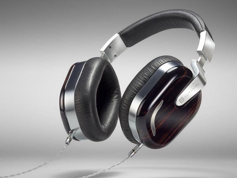 是一度因品質未達預期的 Ultrasone 25 周年紀念耳機 Jubilee 25 Edition 將正式推出,限量 250 隻接單生產這篇文章的首圖