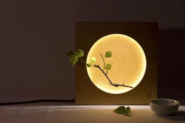是木製造型月光桌燈,隨手一擺都是詩情畫意這篇文章的首圖