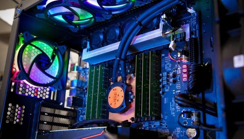 是鎖定高階內容創作應用,Intel採28核心設計的處理器Xeon W-3175X正式推出這篇文章的首圖